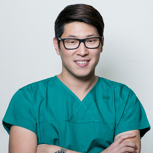 Dr Chris Ahn